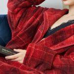 着る毛布グルーニーとプレミアムの違い、口コミ評判でどっちが人気?