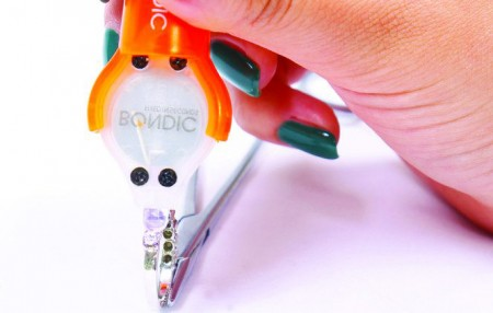 bondic(ボンディック)液体プラスチック接着剤