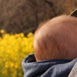 AKOAKOスリングの口コミ、新生児・首すわり前の使い方は?